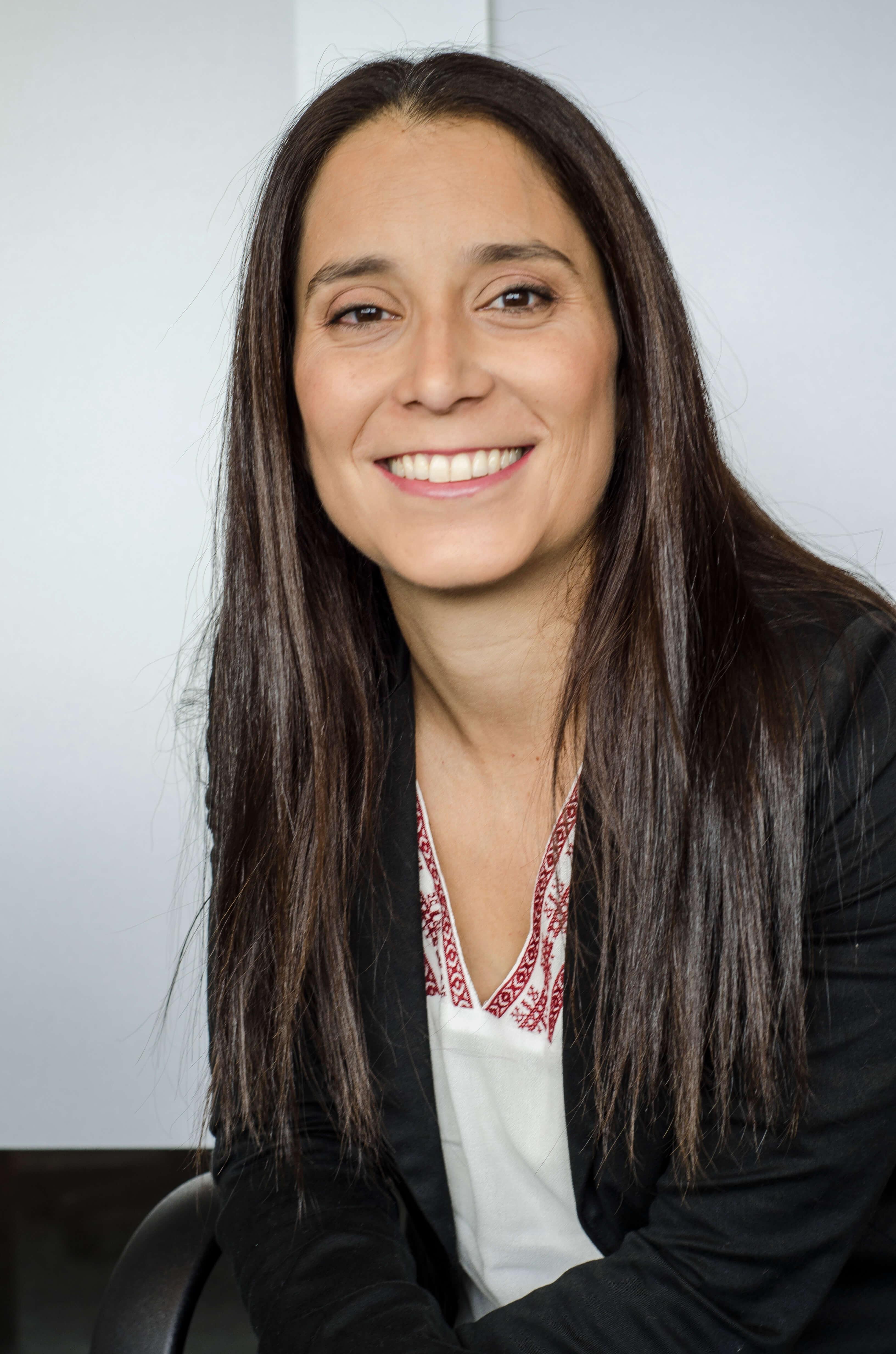 Dra. Esc. María Belén Fernandez